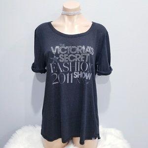 Victoria's Secret 2011 Fashion Show t shirt M